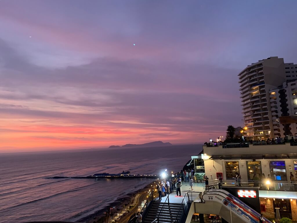 Mind-blowing sunset in Miraflores